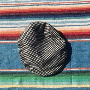 Accessories - Checkerboard Cap size L but fits M/L